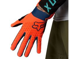 Fox Guantes Defend Atomic Punch 2021